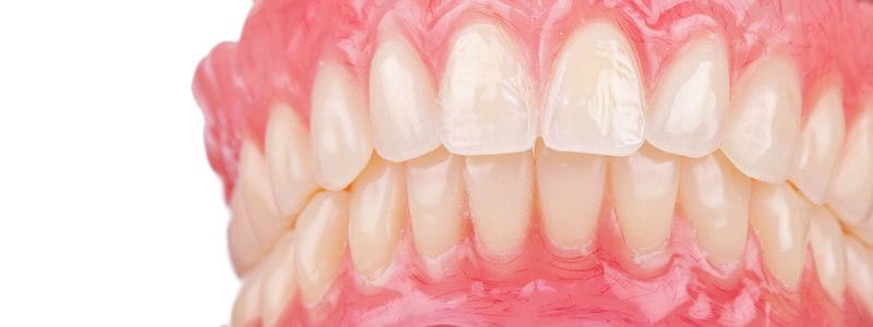 protezy zębowe Częstochowa